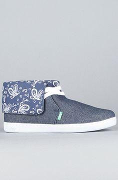 Vintage Bandana, Sneakers Women, Streetwear Fashion, Street Wear, Slip On, Shoes, Style, Swag, High Street Fashion