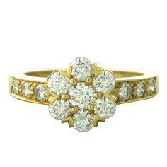 1stdibs | Van Cleef & Arpels VCA Fleurette Gold Diamond Ring