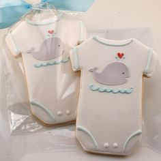 Baby Cookies, Whale Cookies, Baby Shower Favors - 80 Decorated Sugar Cookie Favors Fondant Cookies, Royal Icing Cookies, Cupcake Cookies, Biscuits Décorés, Whale Cupcakes, Whale Cookies, Onesie Cookies, Baby Cookies, Baby Shower Cookies