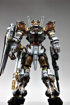 PG Gundam Astray [Gold Frame] - Customized Build Modeled by Suny Buny Powered Exoskeleton, Astray Red Frame, Mecha Suit, Gundam Astray, Gundam Custom Build, Gundam Art, Gunpla Custom, Cool Toys, Awesome Toys