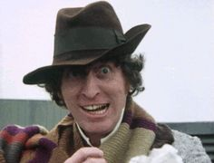 Doctor Who Four manic eating 4th Doctor, Good Doctor, Doctor Who Tumblr, Sci Fi Tv Series, Best Doctors, Time Lords, Dr Who, Classic Movies, Great Friends