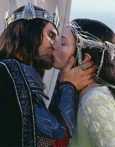 Arwen and Aragorn. In 2980 Aragorn gave his Ring of Barahir to Arwen where she pledged herself to him, forsaking the immortal life of her people. After the War of the Ring, they married and ran the Reunited Kingdom for 120 years. After his death, Arwen became stricken with grief at the loss of her husband. She said farewell to her Children and traveled to Lórien. Arwen laid upon Cerin Amroth surrendering her life one year after Aragorn's death. Truly Dying of a broken heart.