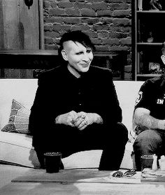 gif cutie Marilyn Manson 2013 Talking Dead