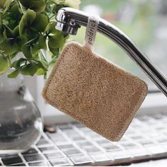 Goldrick's eco-friendly dishwashing sponges are made out of the loofah plant and a natural cotton string making them compostable. Loofahs are Loofah Sponge, Kitchen Sponge, Cotton String, Make Good Choices, Carbon Footprint, Natural Living, Making Out, Biodegradable Products, Straw Bag
