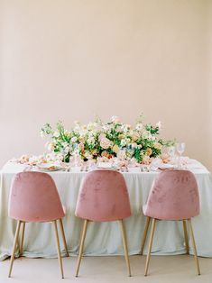 The Perfect Color Palette + Wedding Inspiration for Every Season Wedding Table Decorations, Wedding Table Settings, Wedding Themes, Wedding Ideas, Wedding Chairs, Diy Wedding, Wedding Decor, Galloway, Wedding Reception Flowers