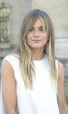 30 Fresh Hairstyle Ideas With Side Bangs For 2018 Summer - Cool Global Hair Styles 2019 Long Thin Hair, Bobs For Thin Hair, Medium Long Hair, Long Hair Cuts, Face Shape Hairstyles, Bob Hairstyles For Fine Hair, Trending Hairstyles, Pretty Hairstyles, Langer Pony
