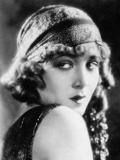 "Vilma banky, silent screen actress known as ""the hungarian rhapsody"", Silent Screen Stars, Silent Film Stars, Movie Stars, Old Hollywood Glamour, Classic Hollywood, Hollywood Stars, Budapest, 3 4 Face, Film D'action"