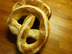 Das Ringli – Emmentaler Adventsspezialität Advent, Onion Rings, Drink, Eat, Ethnic Recipes, Food, Food Food, Recipies, Beverage