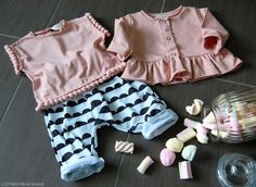 Pink top and closet with handmade buggy for bebè - www.momeme.it