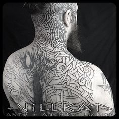 An Honour to start First day session working on one of the Nordic masters @seanparryart adding to his growing knotwork tattoo art  #Viking  #vikingtattoo #vikingknotwork #knotwork #nordic #nordictattoo #norse #pagan #paganart #theoldways #celticknotwork #celticart #celtictattoo #villkat #villkatarts #villkattattoo #ancientmarks