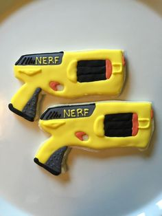 12. I am so impressed by these amazing Nerf Gun Sugar Cookies. vcmblog Boys Nerf Birthday Party Cake, Cupcake and Cookie Ideas