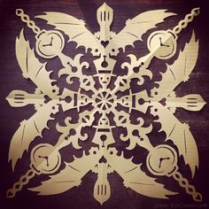 These are actual paper snowflakes cut by actual human hands! In the gallery, we've collected the best and the geekiest of Snowflake Designs, Snowflake Pattern, Paper Snowflakes, Cardboard Crafts, Gremlins, Victorian Gothic, Steampunk Fashion, Cool Gadgets, Paper Cutting