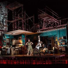 Cannot handle the amazing set for #TheSignCHI. Another brilliant design by Kevin…