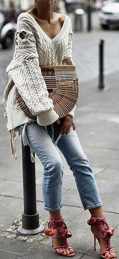 #winter #outfits white cable knit sweater and blue jeans outfit. Pic by @fashionista_east.