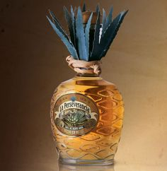 Tequila La Perseverancia / diseño de marca y empaque.