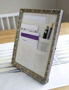 Bolsos feitos em um porta retrato. Uma ideia simples e bonitinha.