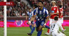 O FC Porto terminou pela 30.ª vez na história a primeira volta da I Liga portuguesa de futebol na liderança, o que já não conseguia há sete anos, desde 2010/11, quando acabou campeão invicto, com André Villas-Boas. http://sicnoticias.sapo.pt/desporto/2018-01-10-FC-Porto-fecha-primeira-volta-do-campeonato-na-lideranca-sete-anos-depois