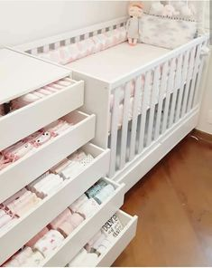 New baby nursery organization beds Ideas Baby Boy Room Decor, Baby Bedroom, Baby Boy Rooms, Baby Cribs, Girls Closet Organization, Baby Nursery Organization, Organization Ideas, Baby Furniture, New Baby Products