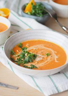 """Kremet tomatsuppe med paprika og appelsin - Enkel """"ta 2 av alt-oppskrift"""" - Sukkerfri Hverdag Small Meals, Thai Red Curry, Chili, Food And Drink, Keto, Dinner, Ethnic Recipes, Meal Recipes, Diabetes"""