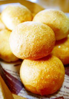 朝食&ランチに♪丸く作って簡単☆塩パン!