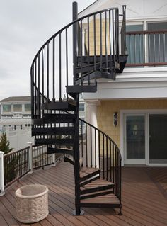 Spiral Stair Warehouse | Rooftop Patio Courtyard | Pinterest | Spiral Stair,  Spiral And Warehouse