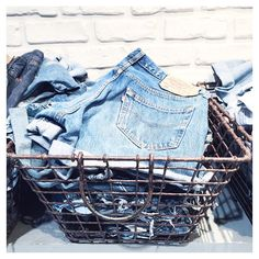 Cool way to organize shorts in your closet ! #501 #levis #denim #denim #denim #denim #denim