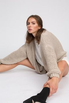 COS RELAXED CASHMERE JUMPER pale pink | Style Point of View Blog