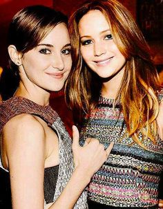 Shailene Woodley and Jennifer Lawrence ~Divergent~ ~Insurgent~ ~Allegiant~  This makes me very happy