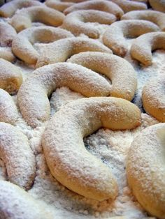 Hungarian Desserts, Hungarian Recipes, Hungarian Food, Onion Rings, Biscotti, Christmas Cookies, Food To Make, Deserts, Dessert Recipes