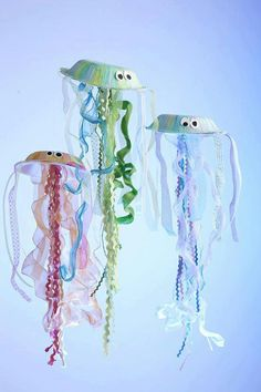 Super cute paper bowl/plate jelly fish.