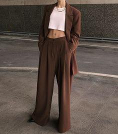 pinterest: makemwhyo Look Fashion, 90s Fashion, Retro Fashion, Korean Fashion, Fashion Dresses, Womens Fashion, Abaya Fashion, French Fashion, Fashion Tips