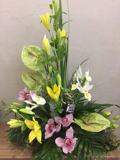 Contemporary Flower Arrangements, Tropical Flower Arrangements, Flower Arrangement Designs, Church Flower Arrangements, Church Flowers, Funeral Flowers, Tropical Flowers, Flower Designs, Ikebana