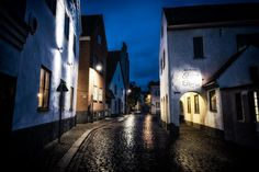 Visby Gotland early morning! #visby #gotland #ig_sweden #nightphotography #nikon_photography #nikonphotography #night #wu_sweden #old_city