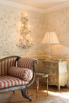 de Gournay Wallpaper - available through ST LEGER AND VINEY - Askew