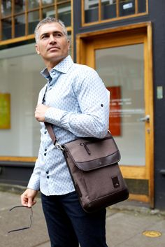 Amerileather Leather 'Teddy' Vertical Messenger Bag by ...