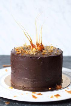 Nezdá se Vám poslední dobou, že jen peču dorty? Nebojte, taky normálně vařím, jen u nás nyní vedly vývary a dámejídlo, neboť nás sklátil ...