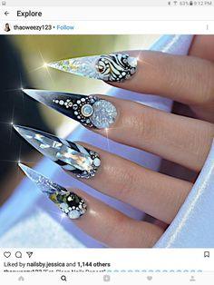Crystallized stiletto nails