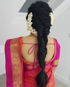 Image may contain: one or more people - New Site Bridal Hairstyle Indian Wedding, Bridal Hair Buns, Bridal Hairdo, Saree Hairstyles, Wedding Hairstyles For Long Hair, Bride Hairstyles, Flower Hairstyles, Engagement Hairstyles, Traditional Hairstyle