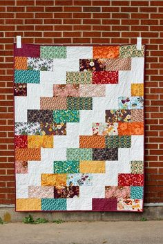 Sewing Block Quilts Image of Side Braid Quilt PDF Pattern - A quick and easy, fat quarter friendly throw quilt pattern! Perfect for stashbusting! Style Options: Big Braid and Mini Braid Finished Size:. Jellyroll Quilts, Lap Quilts, Strip Quilts, Scrappy Quilts, Quilt Blocks, Quilting Fabric, Quilting Tutorials, Quilting Projects, Quilting Designs