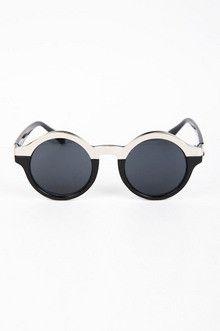 black and white sunglasses  #NISummer