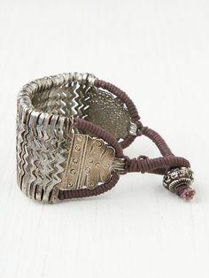 Free people :: metal zig zag bracelet