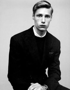 Stefan Heinrichs Tells a Story of Contemporary Gentlemen #suits #mensfashion trendhunter.com