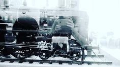 """7 tykkäystä, 2 kommenttia - Valokuvaaja (@satuylavaara) Instagramissa: """"Tsuh tsuh #juna 🚃 #train #blackandwhitephotography #blue #sininen"""""""