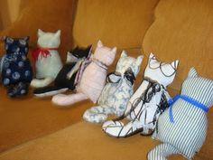 Molde Almofada gato de costas_fácil