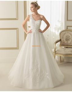 Félvállas Rátétek Természetes Évjárat Menyasszonyi ruhák