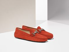 Bright red suede for the Tod's DoubleT Gommino. Discover more at tods.com #Todsgommino #SS16
