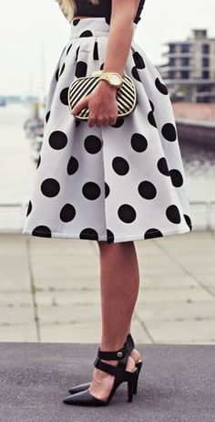 Latest fashion trends: Street style | Polka dot midi skirt and edgy heels