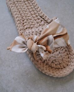 Crochet Boot Socks, Crochet Sandals, Knitted Slippers, Nude Slippers, Crochet Backpack Pattern, Crochet Slipper Pattern, Crochet Patterns Amigurumi, Crochet Cross, Cute Crochet
