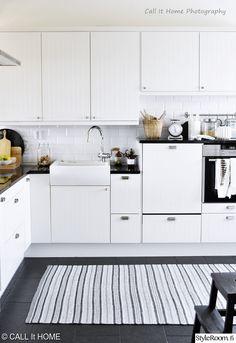 keittiö,keittiön sisustus,keittiön pikkutavarat,keittiön kaapit
