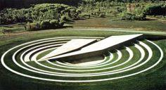random-research:  Beverly Pepper Amphisculpture,1974-75 Cement, Grass8 x 270 x 14 ft (2,44 x 82.30 x 4.27m)AT&T, Bedminster, New Jersey